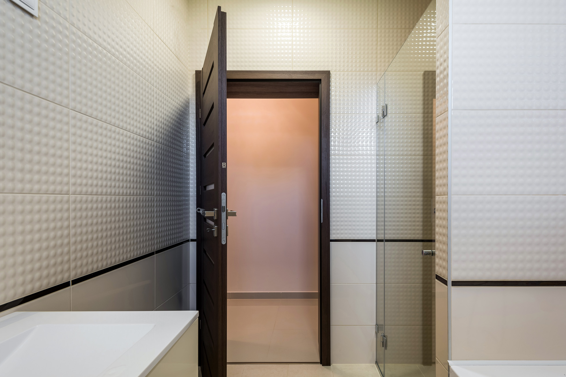 porta beltéri ajtó, fürdőszoba