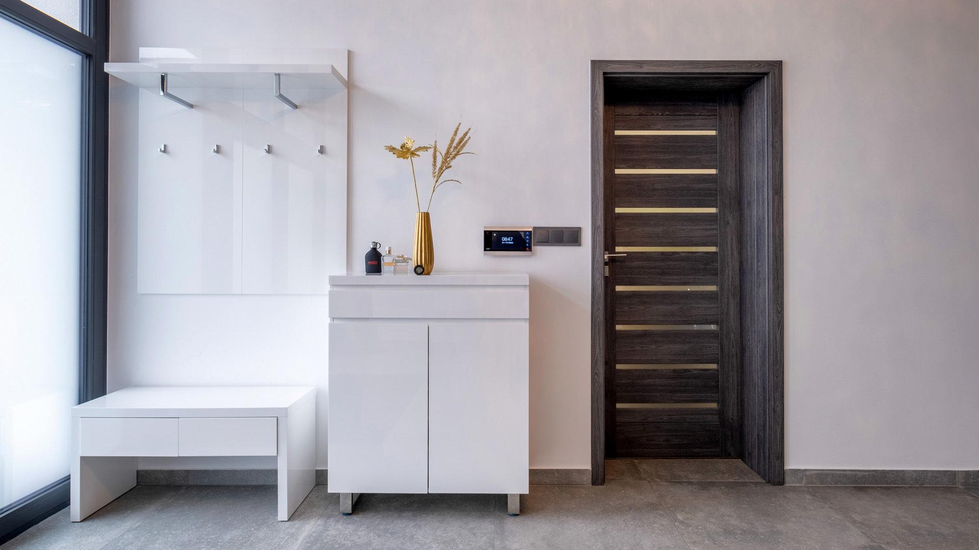 lakásfelújítási támogatás, beltéri ajtó, nyílászáró